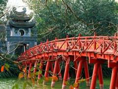 HanoiTempleVietnam
