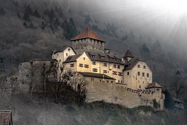 Flickr - Bernd Thaller - Schloss Vaduz