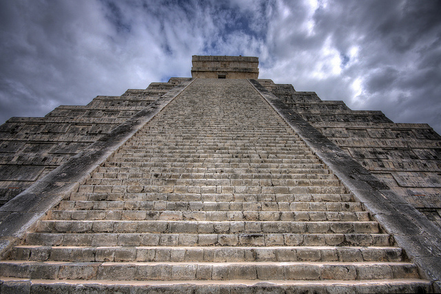 flickr - chichen itza - alistair edmondson